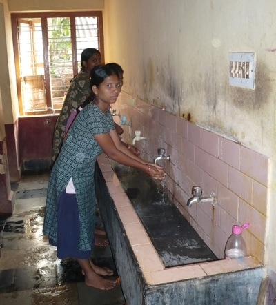 Die sanitären Einrichtungen im Mädchenheim sind sanierungsbedürftig