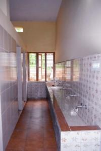 Die Waschstellen nach der Renovierung im Juni 2013!